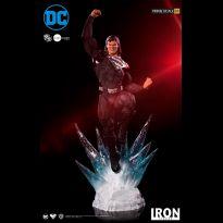 Superman (Black Suit) 1/3