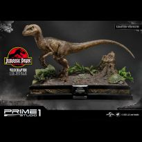 Velociraptor Close Mouth Ver (Jurassic Park) Limited