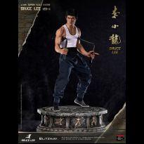 Bruce Lee (Tribute Statue)
